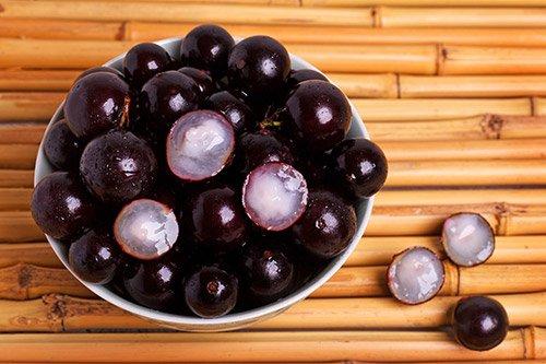 Frutas tropicais são matéria prima para conrantes